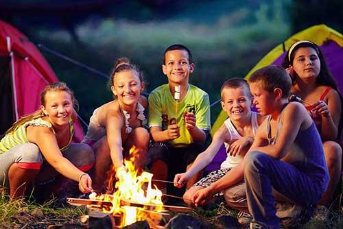 Seguros para centros de enseñanza - Campamentos