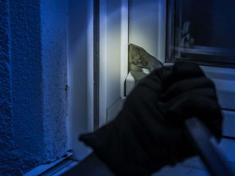 Qué es un robo y qué hacer si te han robado en casa.